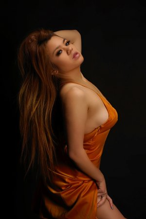 Madlyn casual sex in Pine Castle, escort girl